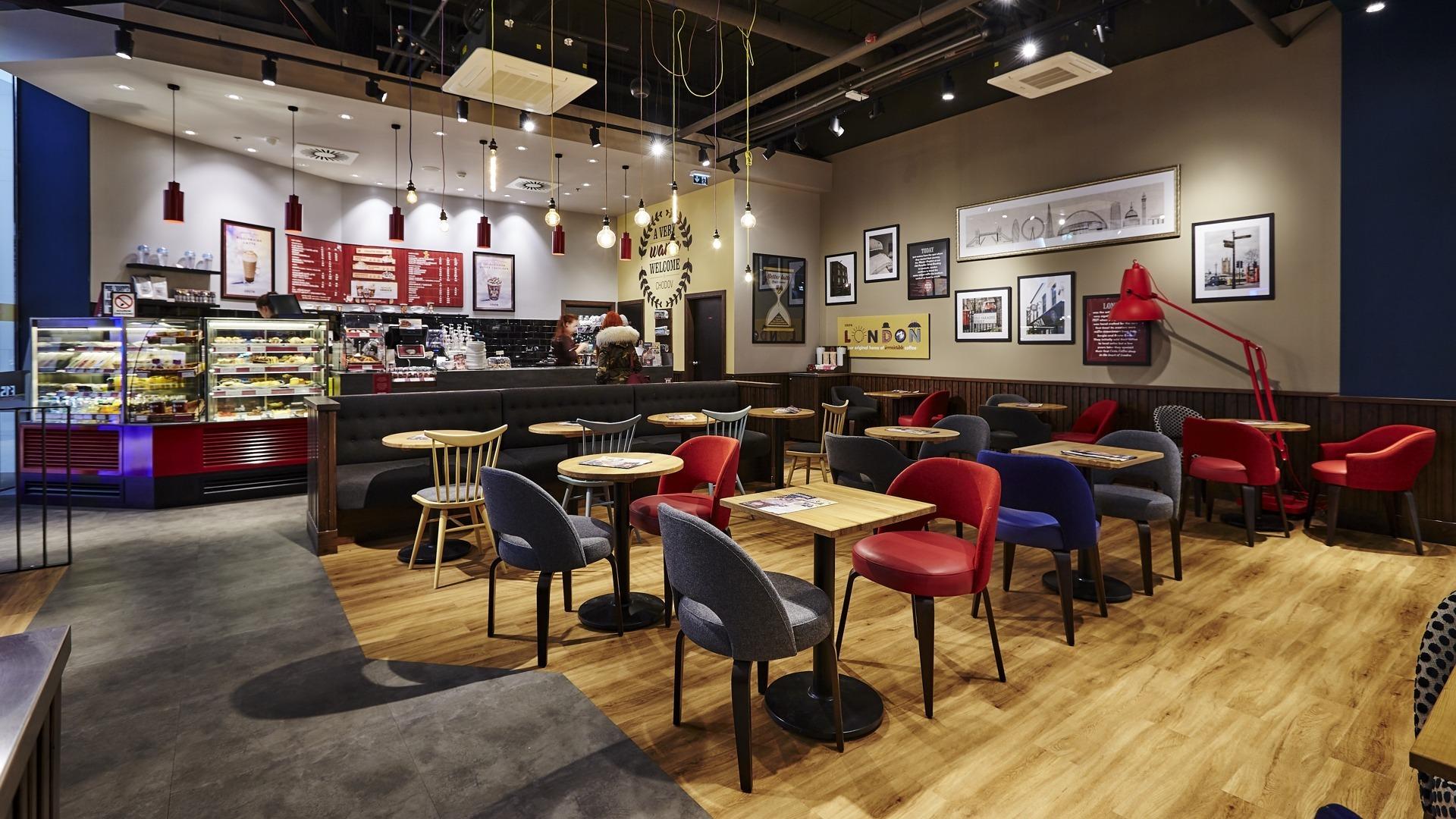 FESCHU Costa Coffee OC Westfield, Praha Chodov posezení
