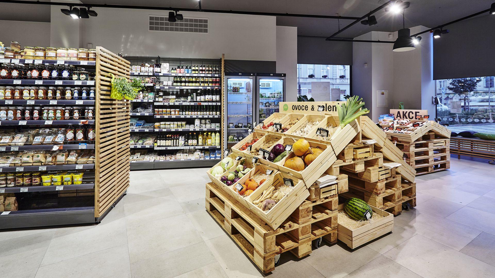 FESCHU Country Life biopotraviny a zdrava vyziva Praha Letna specializovane osvetleni ovoce zelenina