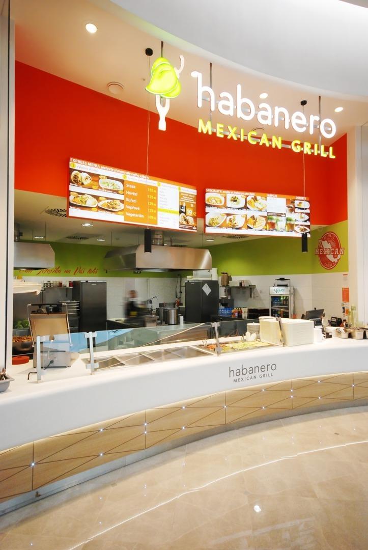 FESCHU Habanero Mexican Grill OC Westfield Praha Chodov