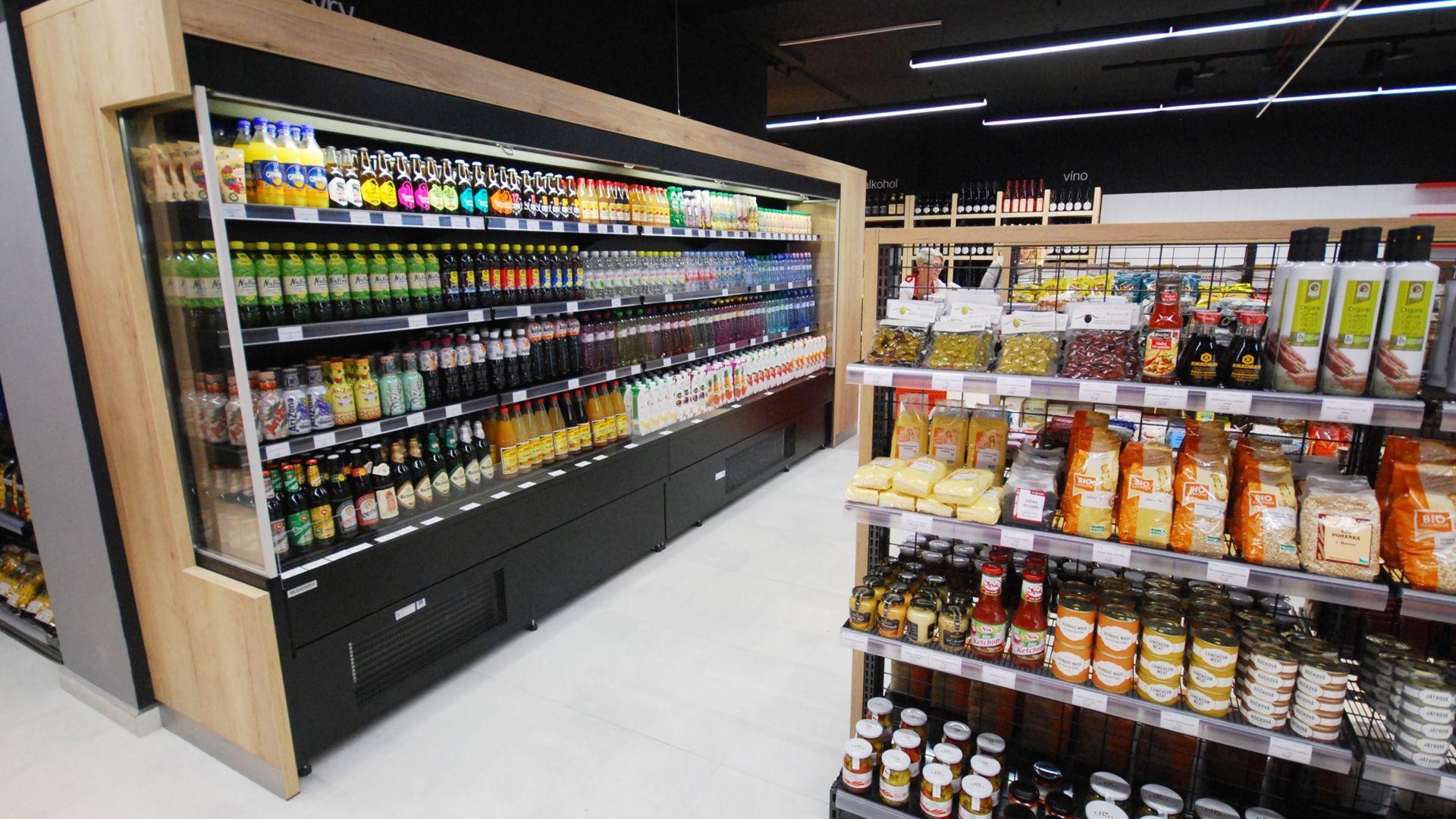 FESCHU Family Food Market realizace chladící vítrína