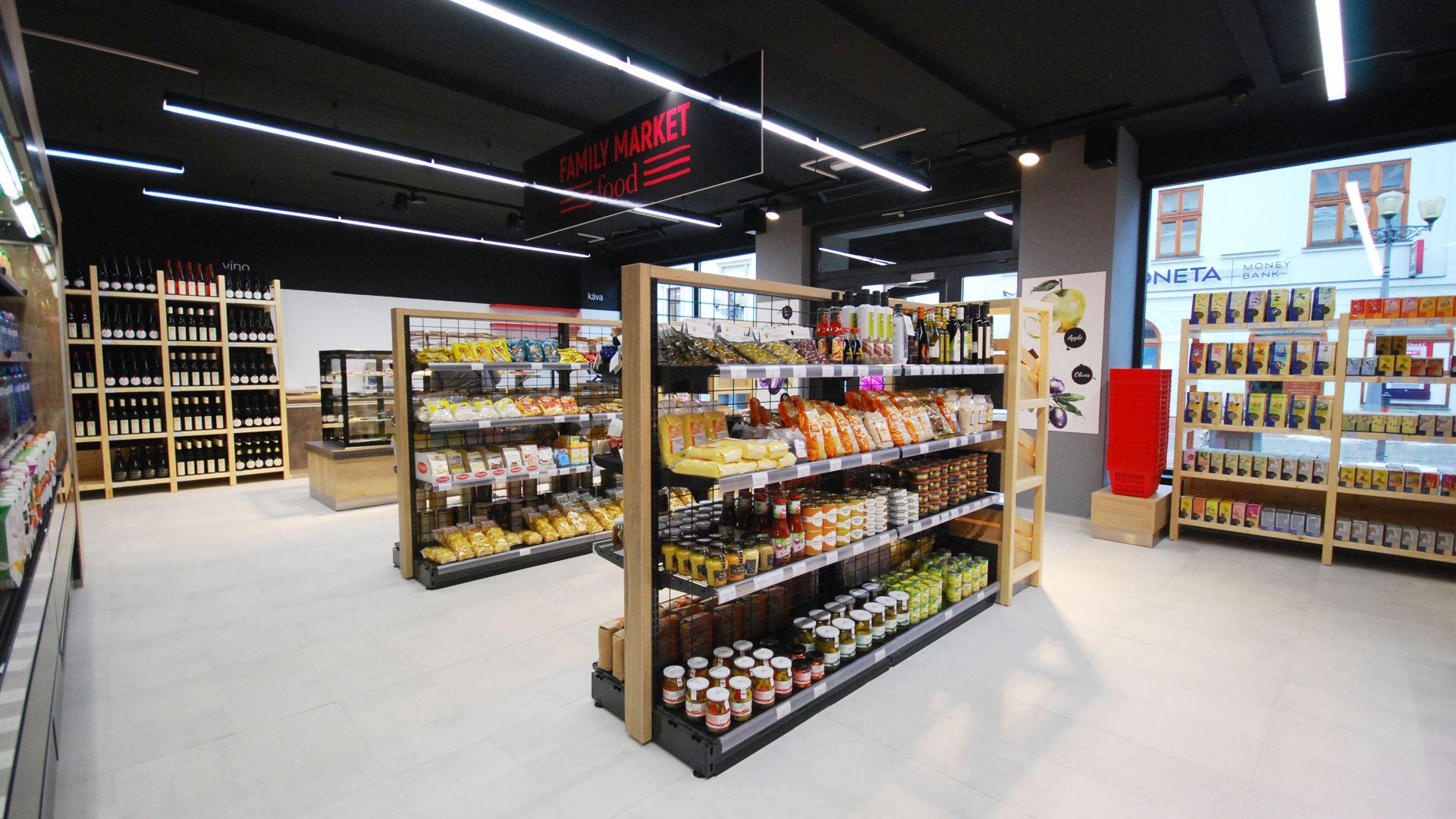 FESCHU Family Food Market realizace regály se zbožím