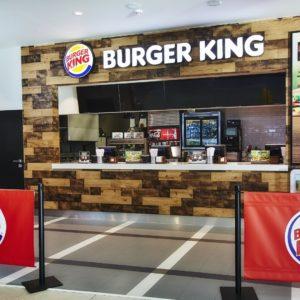 prodejní jednotka Burger King na Letišti Václava Havla v Praze