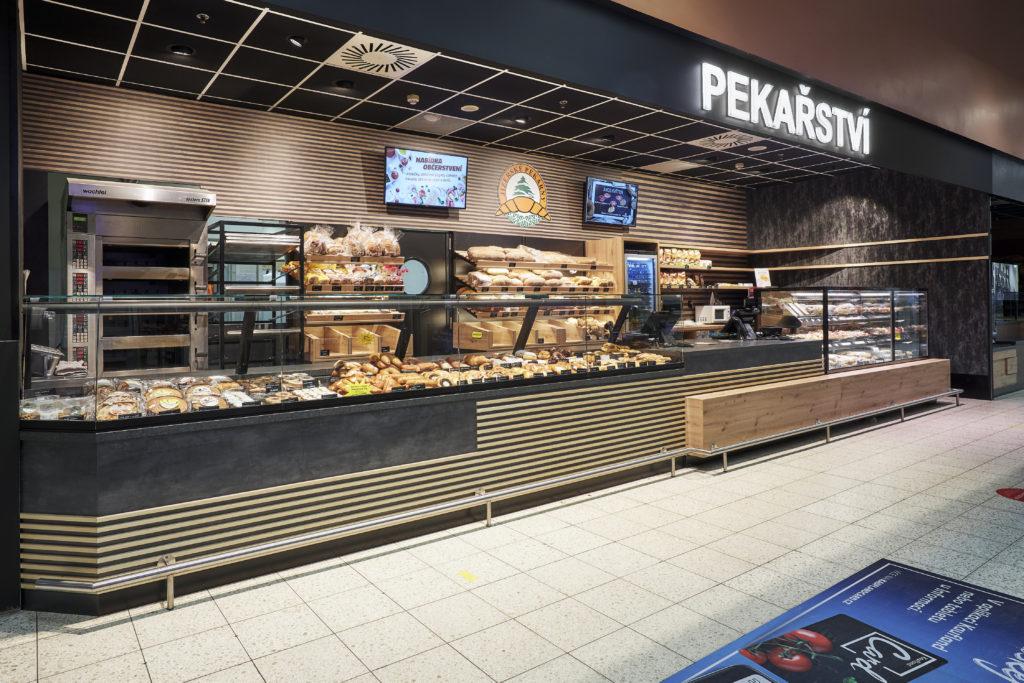 FESCHU Jizerske pekarny OC Kaufland Melnik celkovy pohled s pekarnou