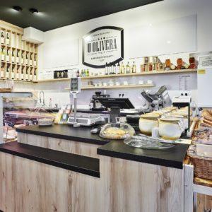 U olivera - prodejní pult